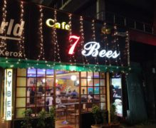 Cafe 7 Bees